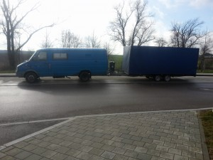 Geschlossener Autotransport Oldtimertransport